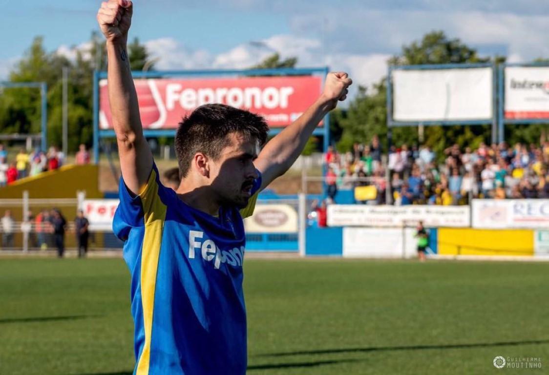 Os craques também jogam #5  Tiago Oliveira, o expresso Aveirense!